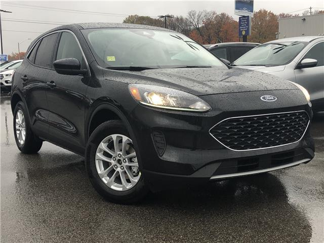 2020 Ford Escape SE (Stk: 020T15) in Midland - Image 1 of 13
