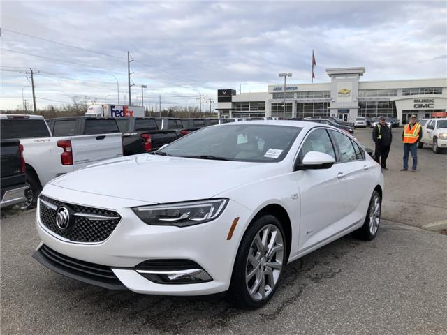 2019 Buick Regal Sportback Avenir (Stk: K1012286) in Calgary - Image 1 of 36