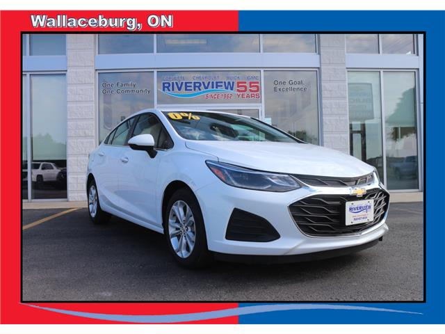 2019 Chevrolet Cruze LT (Stk: 19217) in WALLACEBURG - Image 1 of 7
