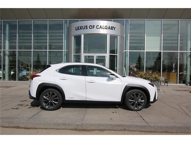 2019 Lexus UX 250h Base (Stk: 190738) in Calgary - Image 2 of 21