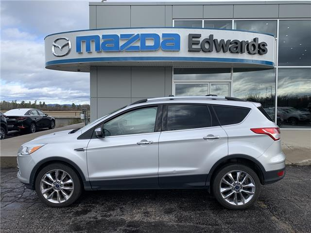 2015 Ford Escape SE (Stk: 22117) in Pembroke - Image 1 of 10