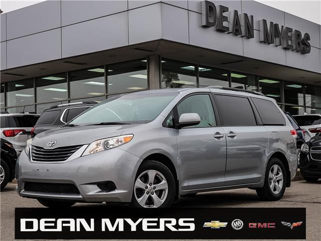 2011 Toyota Sienna LE 7 Passenger (Stk: 200058A) in North York - Image 1 of 21