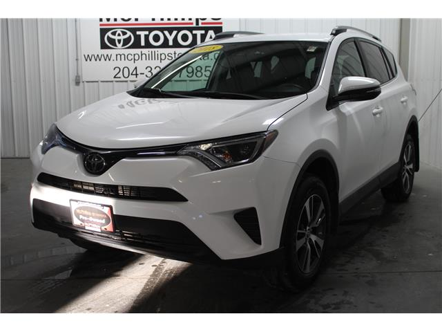 2018 Toyota RAV4 LE (Stk: A14031) in Winnipeg - Image 1 of 24