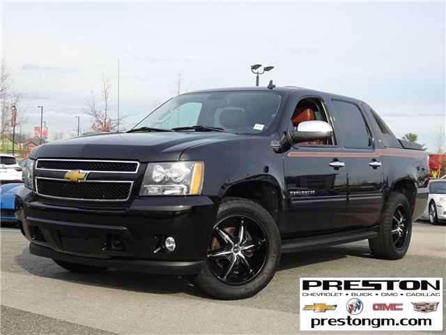 2012 Chevrolet Avalanche 1500 LT (Stk: 9016541) in Langley City - Image 1 of 27