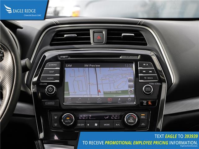 Nissan Maxima SL Vehicle Details Image