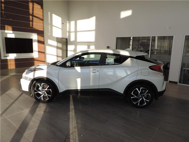 2018 Toyota C-HR XLE (Stk: 18055) in Brandon - Image 1 of 8