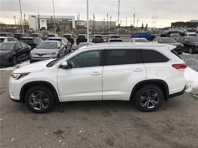 2019 Toyota Highlander Limited (Stk: 190488) in Cochrane - Image 2 of 23