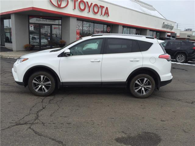 2018 Toyota RAV4  (Stk: P0056110) in Cambridge - Image 1 of 15
