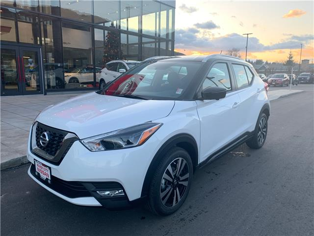 2019 Nissan Kicks SR (Stk: T19324) in Kamloops - Image 1 of 25