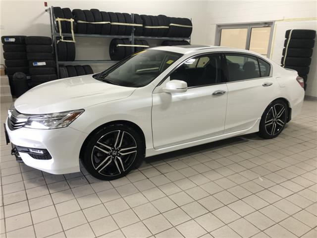 2017 Honda Accord Touring V6 (Stk: H1689) in Steinbach - Image 1 of 21