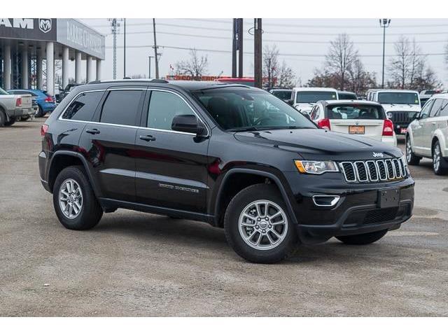 2019 Jeep Grand Cherokee Laredo (Stk: 27104UR) in Barrie - Image 1 of 30