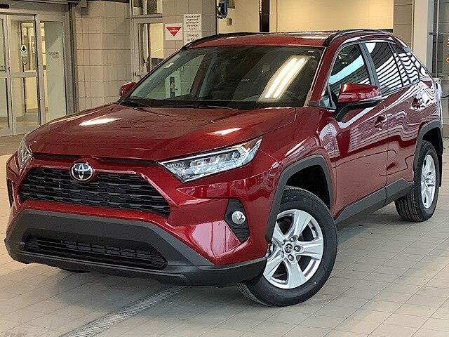 2020 Toyota RAV4 XLE (Stk: 21886) in Kingston - Image 1 of 29