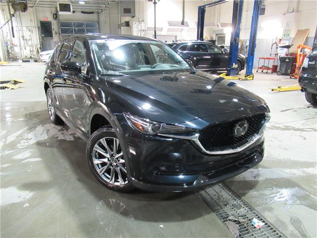 2019 Mazda CX-5 Signature (Stk: M2264) in Calgary - Image 1 of 2