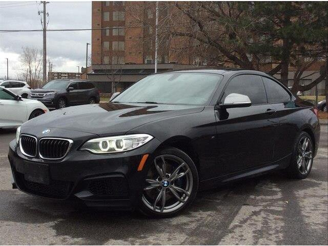 2016 BMW M235i xDrive (Stk: P9320) in Gloucester - Image 1 of 28