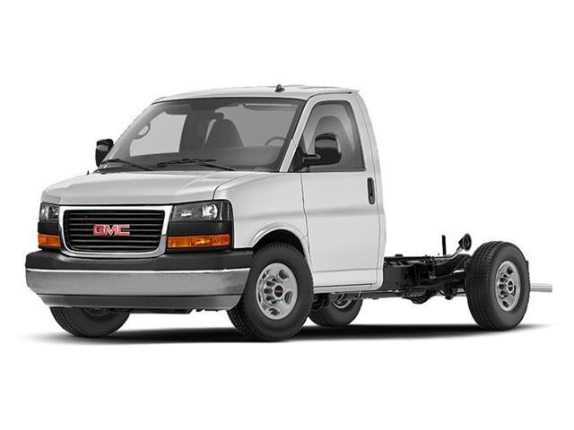 2020 GMC Savana Cutaway 4500 4500 Van (Stk: 210340) in Lethbridge - Image 1 of 1