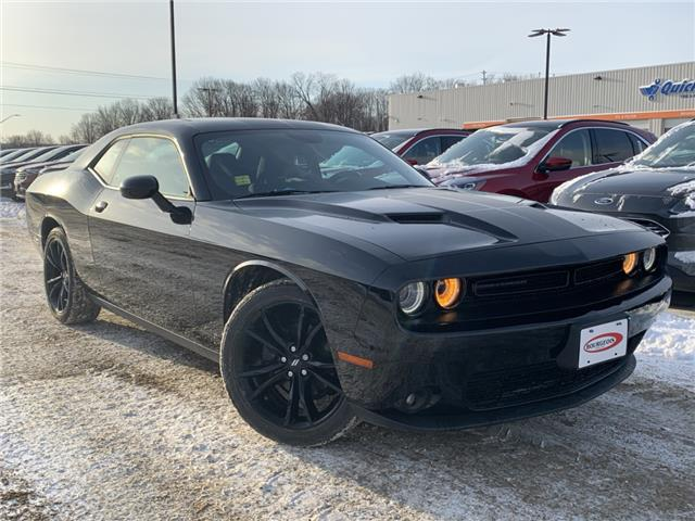 2017 Dodge Challenger SXT (Stk: 19T1300A) in Midland - Image 1 of 15