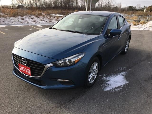2018 Mazda Mazda3 GS (Stk: BHM208) in Ottawa - Image 1 of 19