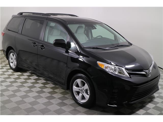 2020 Toyota Sienna LE 8-Passenger (Stk: 295381) in Markham - Image 1 of 21