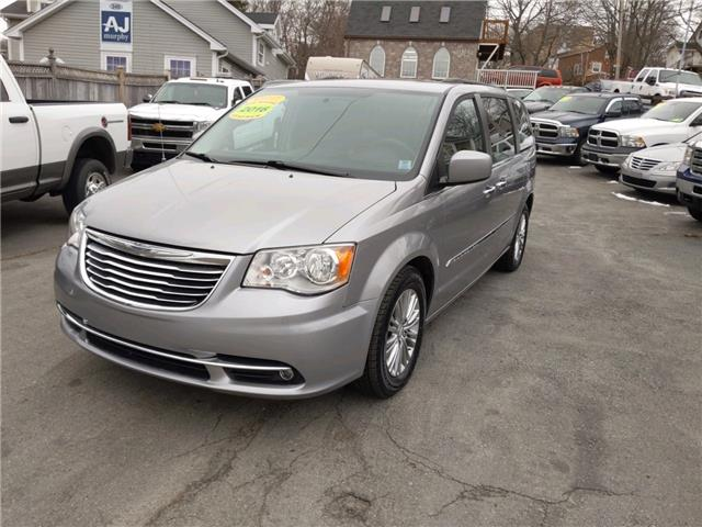 2016 Chrysler Town & Country Touring-L (Stk: ) in Dartmouth - Image 1 of 22