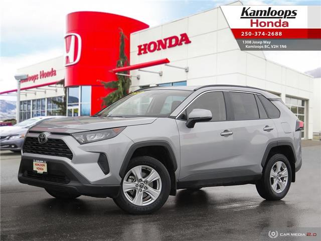 2019 Toyota RAV4 LE (Stk: 14807U) in Kamloops - Image 1 of 25