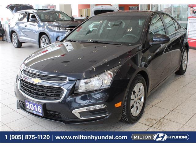 2016 Chevrolet Cruze LT Auto (Stk: 718053) in Milton - Image 1 of 34