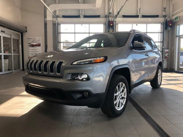 2017 Jeep Cherokee North (Stk: D1255) in Ottawa - Image 1 of 20