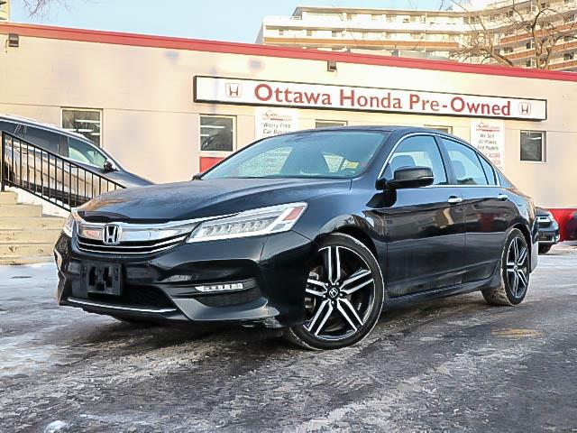2017 Honda Accord Touring (Stk: H81070) in Ottawa - Image 1 of 27