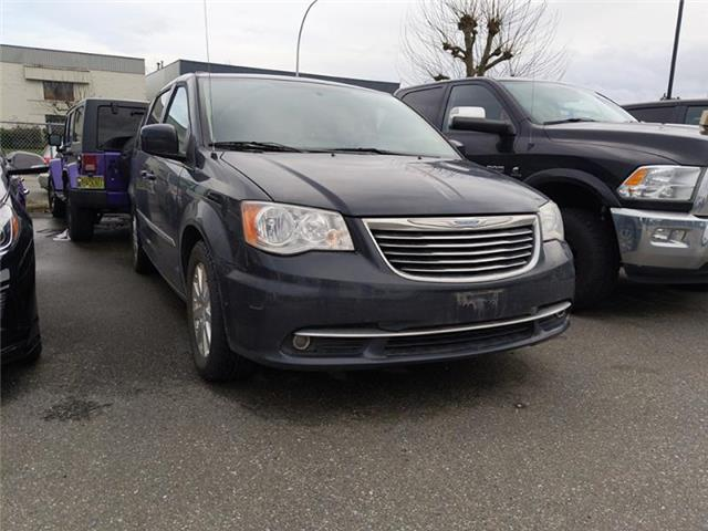 2013 Chrysler Town & Country Touring (Stk: LC0163A) in Surrey - Image 1 of 1