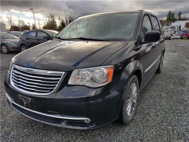 2014 Chrysler Town & Country Touring-L (Stk: LP065446A) in Abbotsford - Image 1 of 1