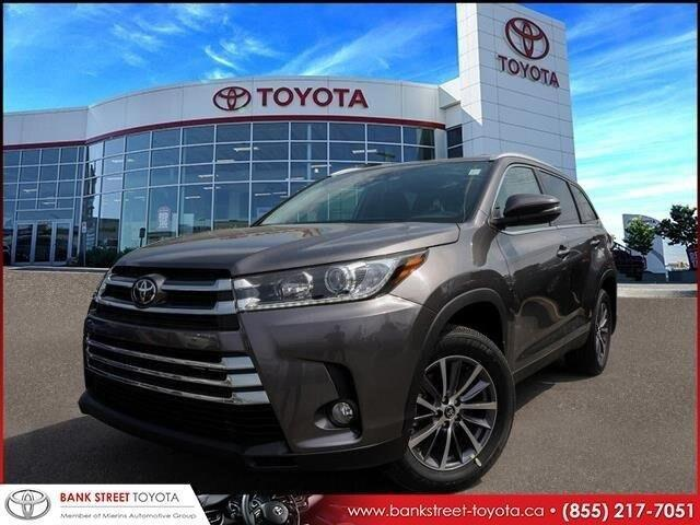 2019 Toyota Highlander XLE (Stk: 27833) in Ottawa - Image 1 of 27