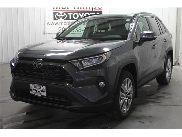2020 Toyota RAV4 XLE (Stk: C093298) in Winnipeg - Image 1 of 23