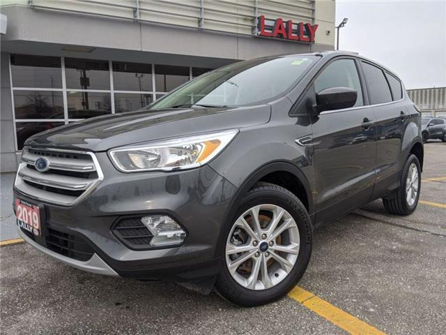 2019 Ford Escape SE (Stk: K3916) in Chatham - Image 1 of 23