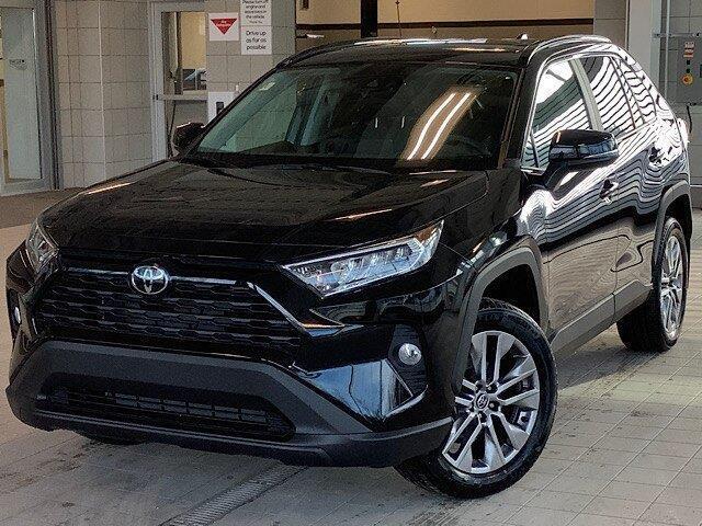 2020 Toyota RAV4 XLE (Stk: 22010) in Kingston - Image 1 of 30