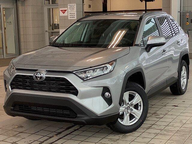 2020 Toyota RAV4 XLE (Stk: 22055) in Kingston - Image 1 of 29