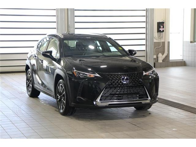 2020 Lexus UX 250h Base (Stk: 200408) in Calgary - Image 1 of 17