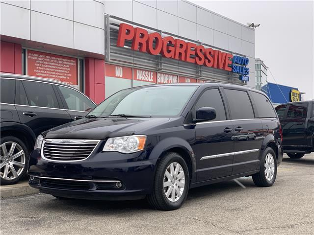 2016 Chrysler Town & Country Touring (Stk: GR100907) in Sarnia - Image 1 of 22