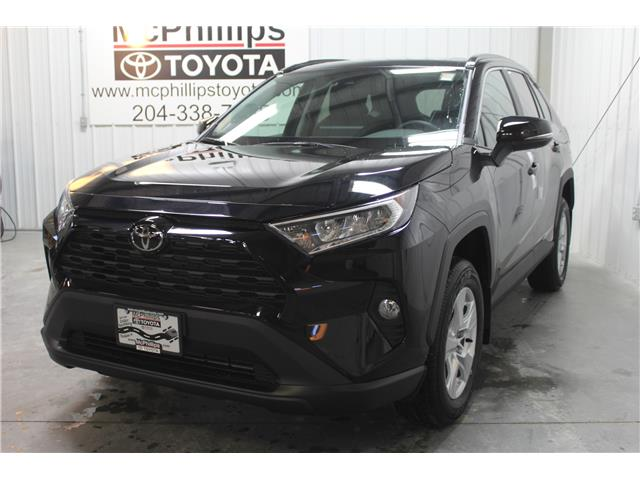 2020 Toyota RAV4 XLE (Stk: C100141) in Winnipeg - Image 1 of 26