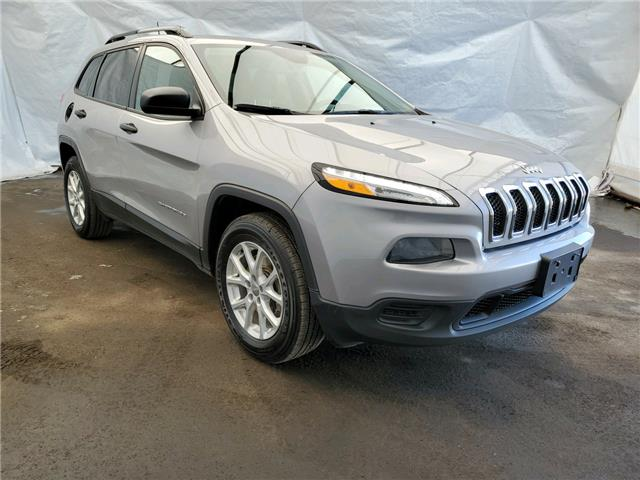2018 Jeep Cherokee Sport (Stk: 1812631R) in Thunder Bay - Image 1 of 21