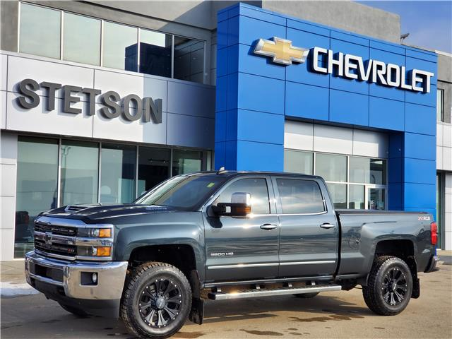 2017 Chevrolet Silverado 3500 Crew 4x4 LTZ / Standard Box (Stk: P2582) in Drayton Valley - Image 1 of 20