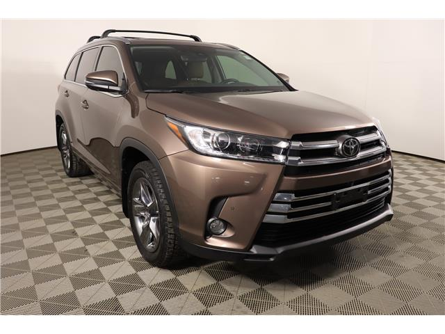2017 Toyota Highlander Limited (Stk: E1920L) in London - Image 1 of 29