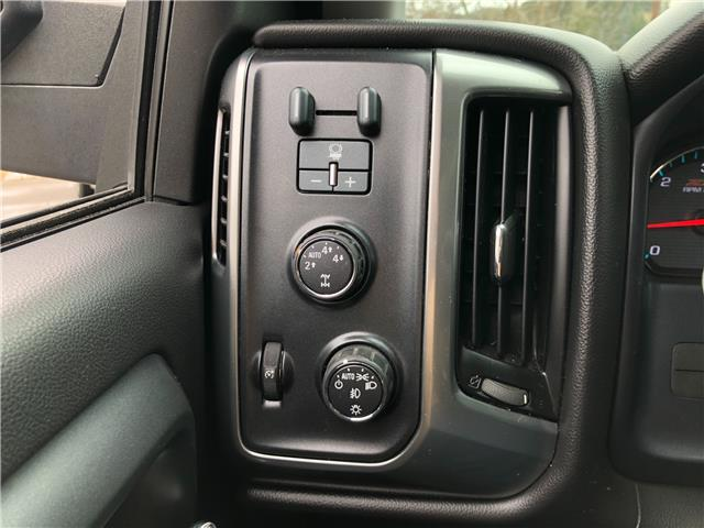 2015 Chevrolet Silverado 1500 LT (Stk: 20-14A) in Trail - Image 1 of 27