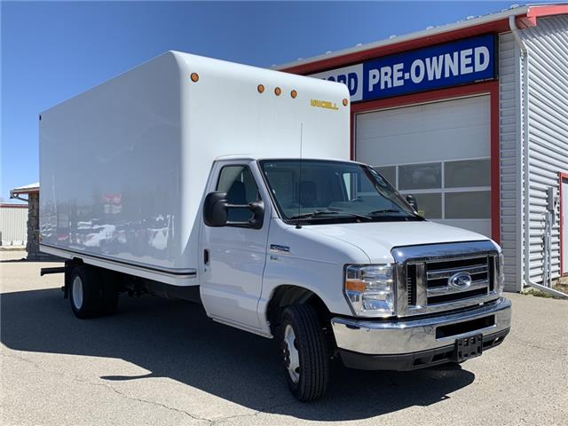 2019 Ford E-450 Cutaway Base (Stk: W1101R) in Smiths Falls - Image 1 of 1