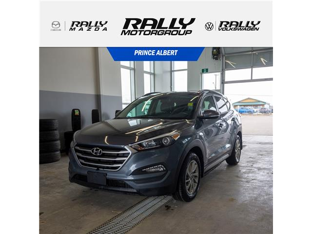 2017 Hyundai Tucson SE (Stk: V813A) in Prince Albert - Image 1 of 15