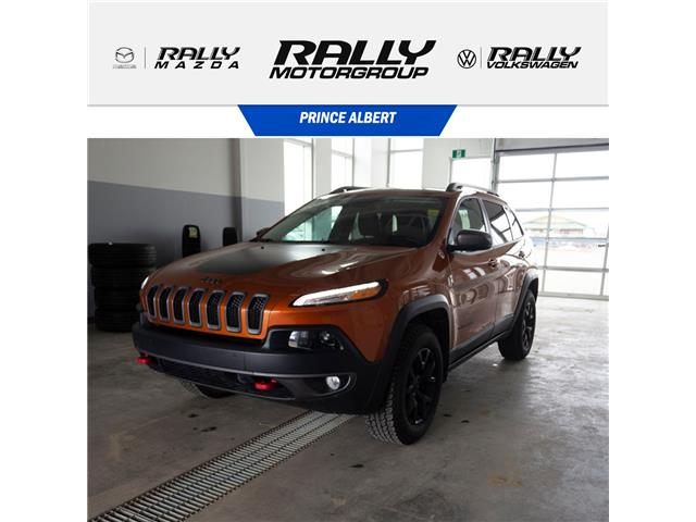 2015 Jeep Cherokee Trailhawk (Stk: V982) in Prince Albert - Image 1 of 15