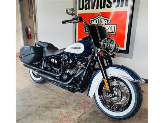 2019 Harley-Davidson FLHC - Softail® Heritage Classic  (Stk: FLHC-19-2039) in Saskatoon - Image 1 of 12