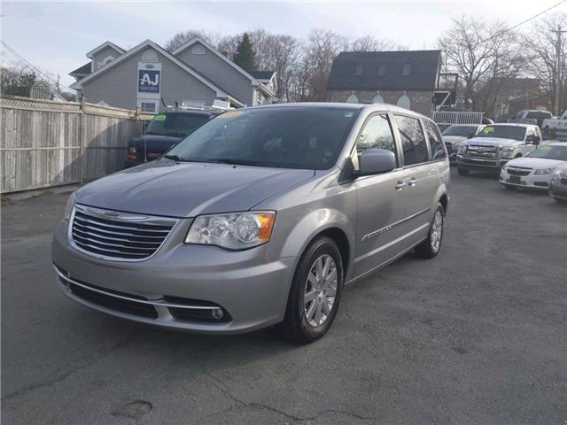 2014 Chrysler Town & Country Touring (Stk: ) in Dartmouth - Image 1 of 22