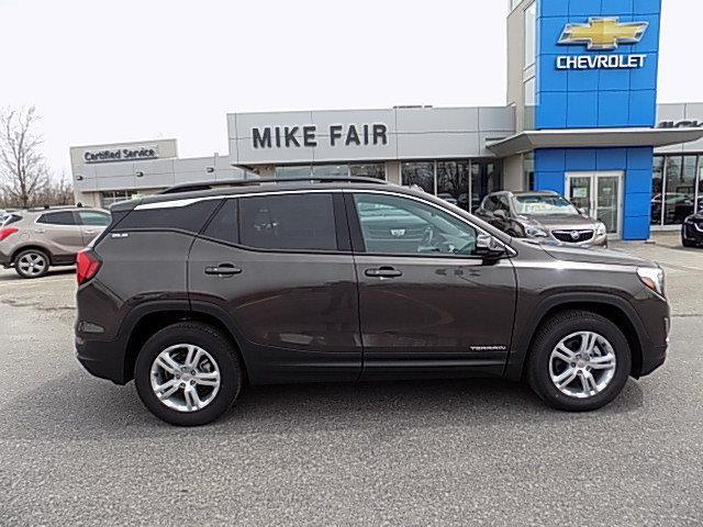 2020 GMC Terrain SLE (Stk: 20068) in Smiths Falls - Image 1 of 18