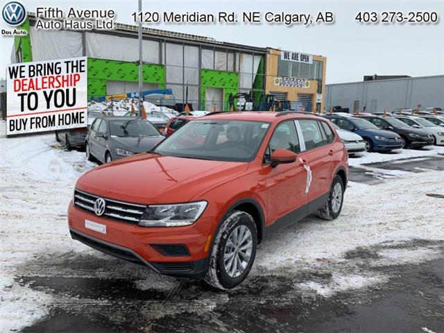 2020 Volkswagen Tiguan Trendline (Stk: 20049) in Calgary - Image 1 of 26