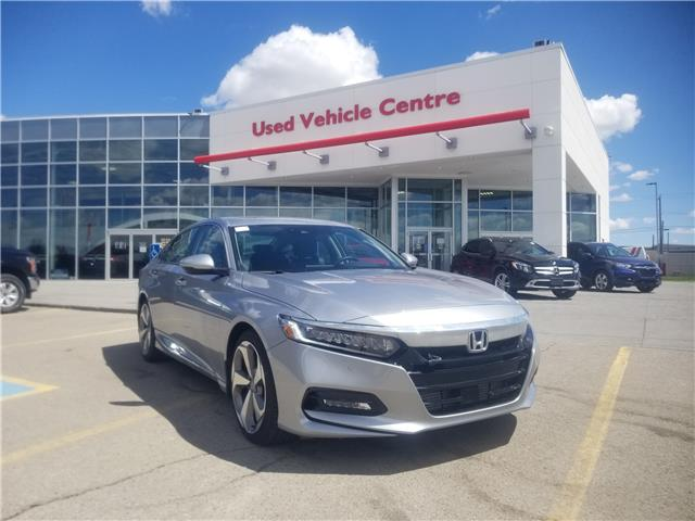 2019 Honda Accord Touring 2.0T (Stk: 2190542D) in Calgary - Image 1 of 29