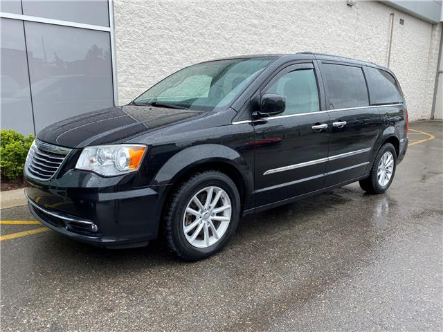 2014 Chrysler Town & Country Touring-L (Stk: 150746) in London - Image 1 of 1